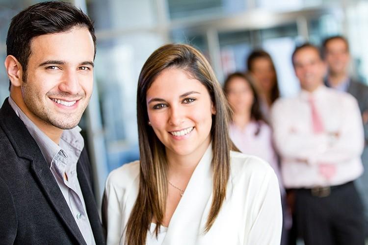 Sind Mitarbeiter zufrieden, klappt's auch mit dem Employer Branding besser.