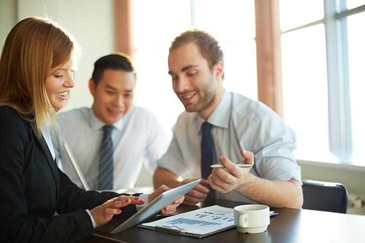 5 Wege, wie Ihre Marketing-Kollegen Sie beim Employer Branding unterstützen können.