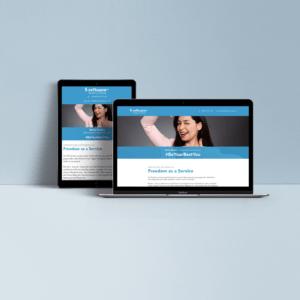 Tablet und Laptop zeigen Softwareag Website an