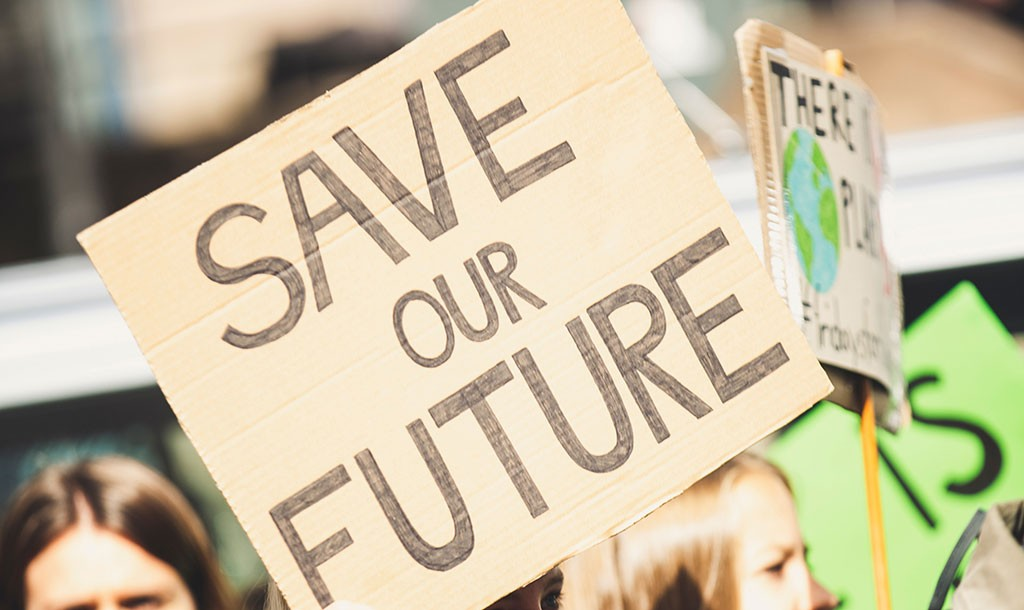 "Plakakt ""Save our Future"""